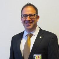 Dr Brett Jarosz